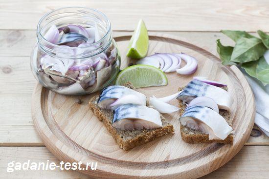 Вкусная скумбрия приготовленная в огуречном маринаде https://gadanie-test.ru/